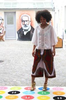 Le pantalon Addis Abeba portée par Alyssa